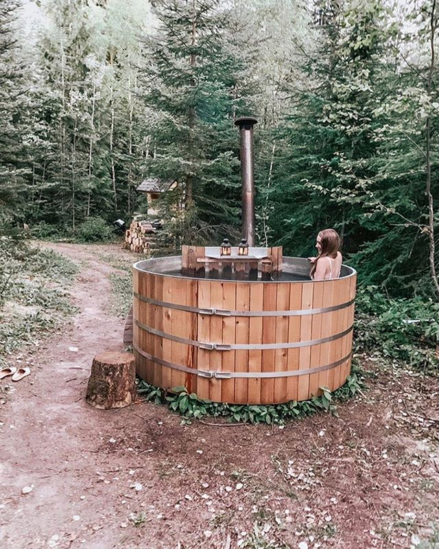 From hot springs to hot tubs! @emscourtney spent her day hiking to a remote hot spring located deep in K country!  She then spent the evening chilling at #campmoosetrail looking up at the stars from our wood burning hot tub.  Tough life eh!  Thanks for coming out Emma! . . . #goldenrules #goldenbc #camping #glamping #yohonationalpark #banffnationalpark #mountains #campvibes #campoften #banff #canmore #summer #travelgoals #mountainlife #explorebc #canada #explorecanada