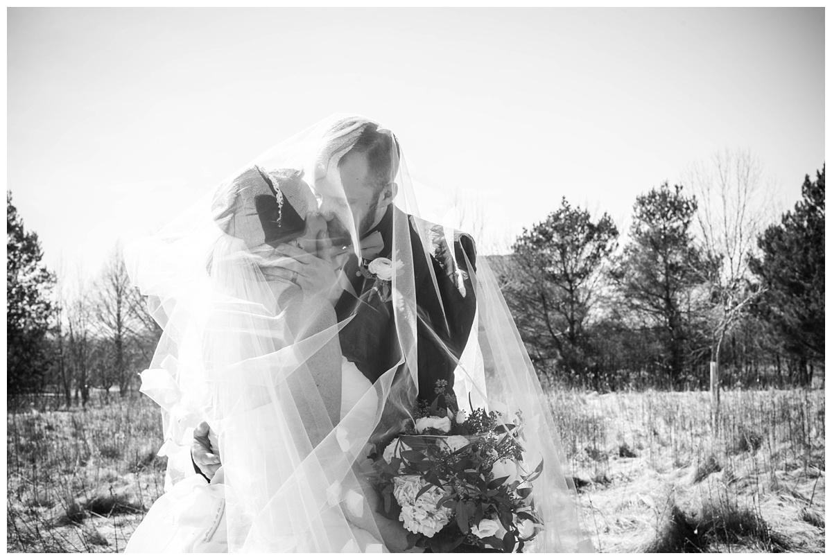 University of Wisconsin Green Bay Wedding Photos_0014.jpg