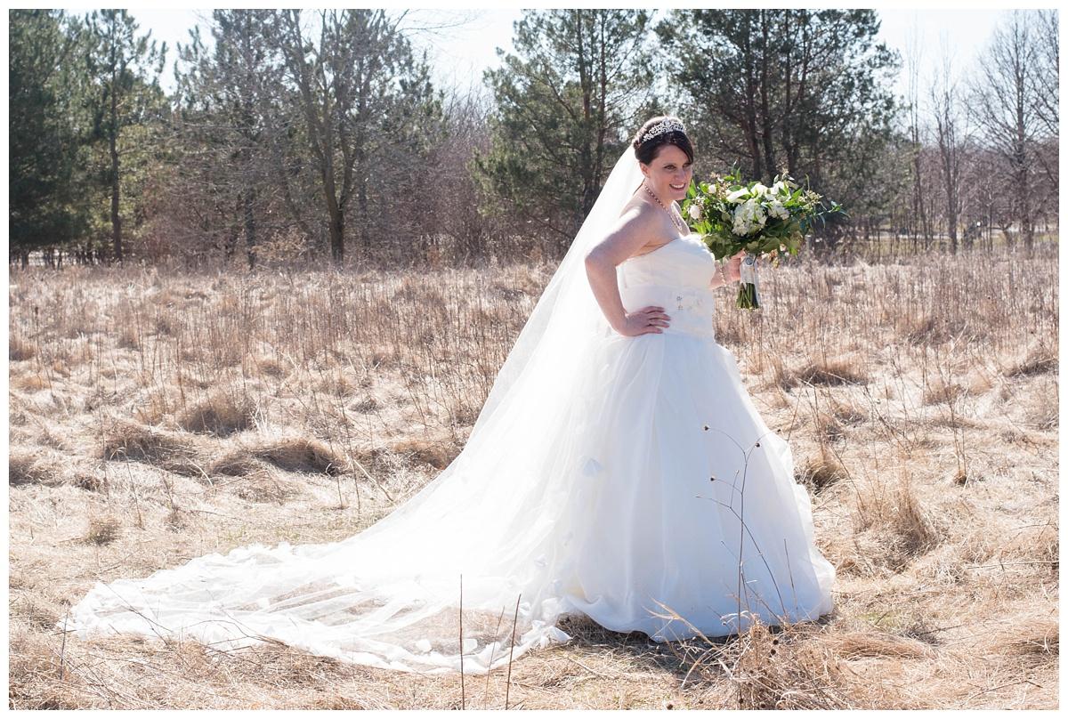 University of Wisconsin Green Bay Wedding Photos_0015.jpg