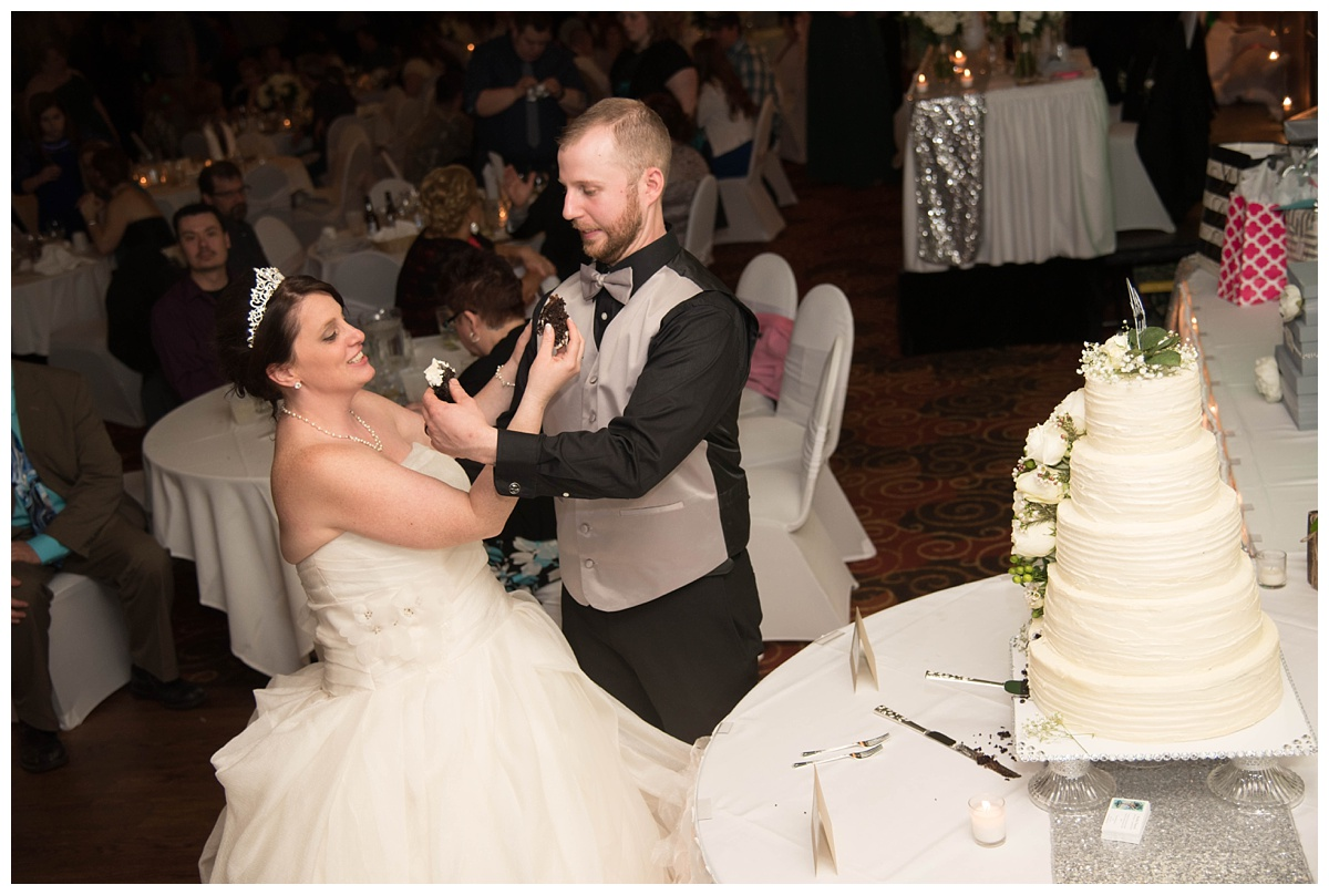 University of Wisconsin Green Bay Wedding Photos_0055.jpg