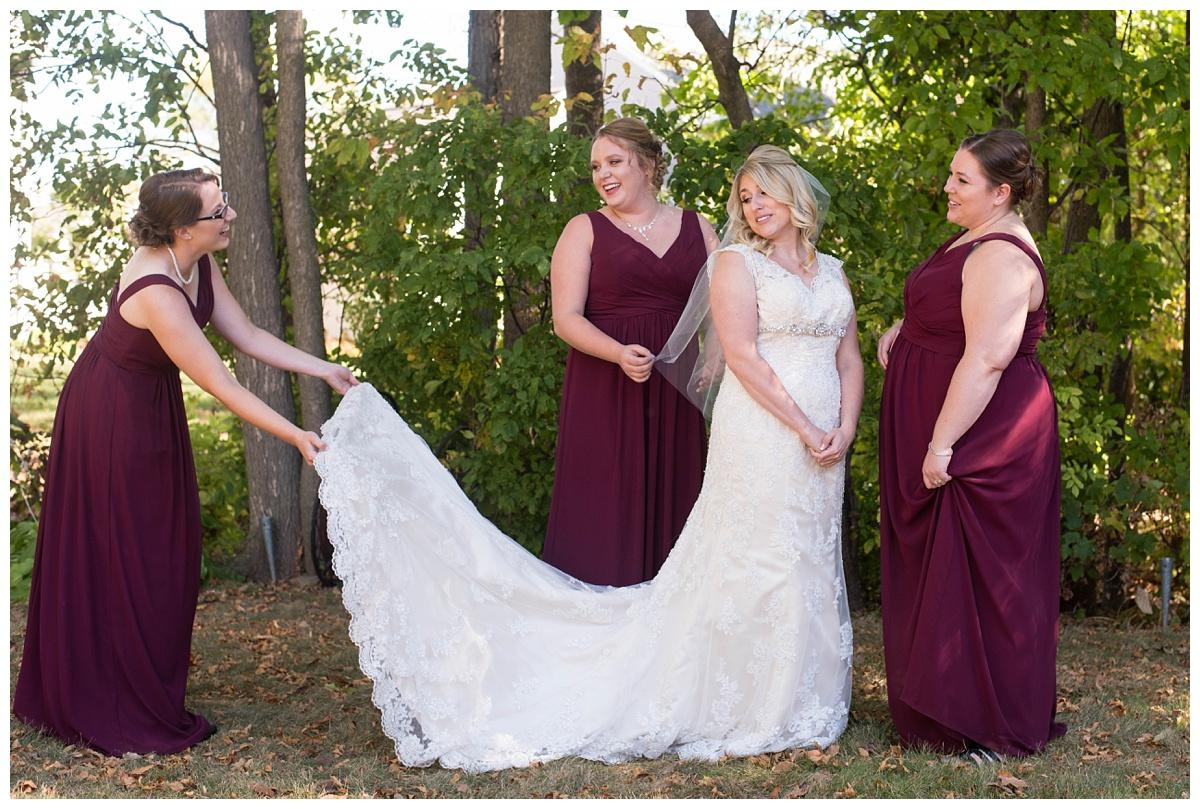 Fall Wedding at Lakehaven Kewaunee WI_0019.jpg