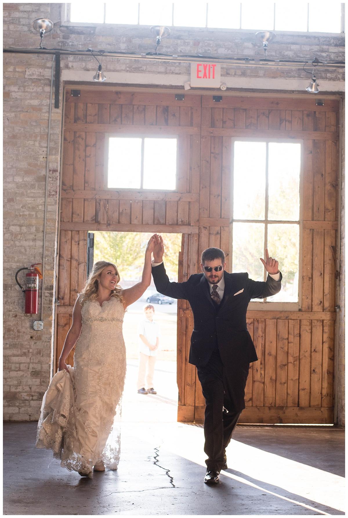 Fall Wedding at Lakehaven Kewaunee WI_0041.jpg