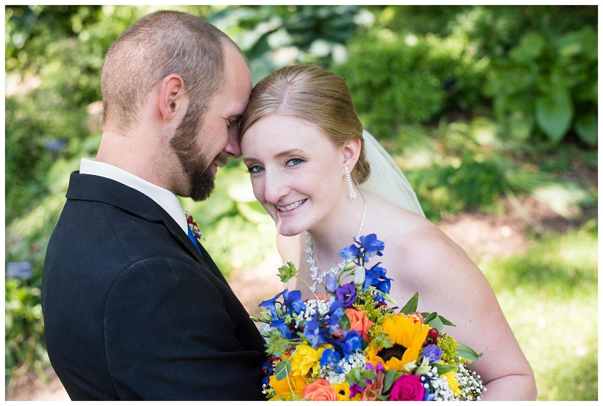 Green Bay Botanical Gardens Summer Wedding_0012.jpg