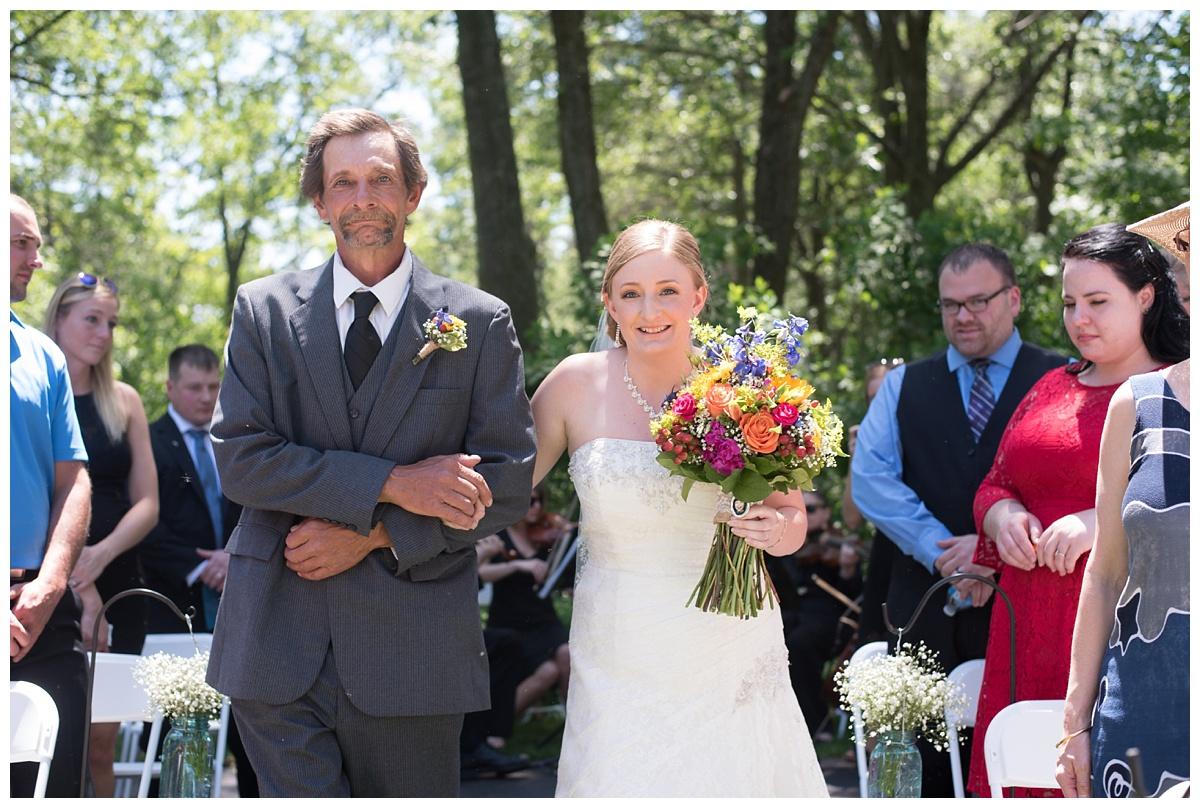 Green Bay Botanical Gardens Summer Wedding_0023.jpg