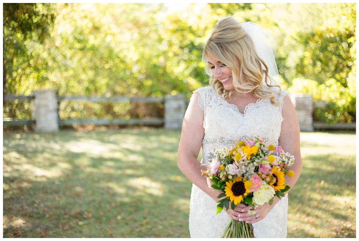 Fall Wedding at Automobile Gallery Green Bay WI_0094.jpg