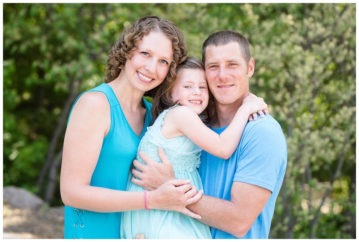 Green Bay Botanical Gardens Spring Family Session_0007.jpg