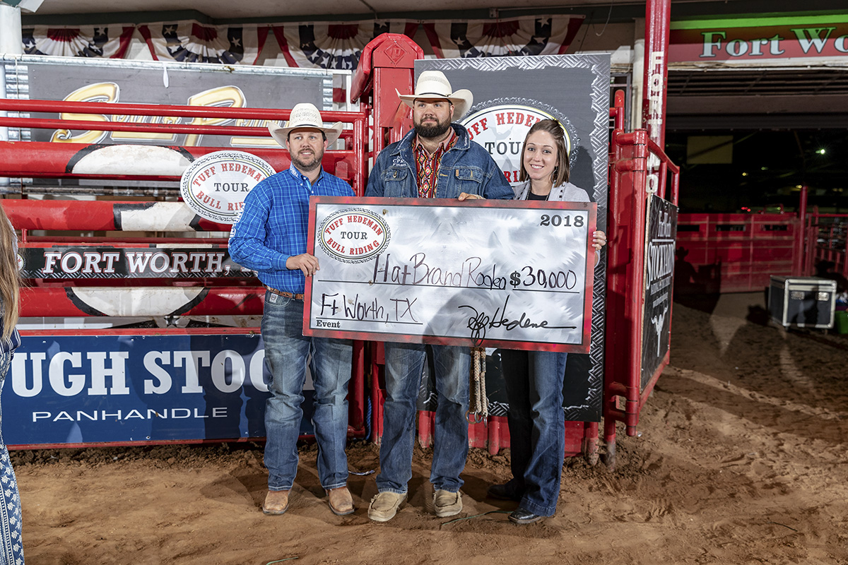 Hat Brand Rodeo brings 251 Scooby to the bucking bull fans in Jacksonville. Dalton Bates and Lacy Nichols of Hat Brand accepting the Bull Team Win check at the Tuff Hedeman Fort Worth Challenge.
