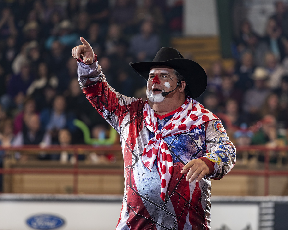 Hedeman brings in NFR Entertainer of the Year, Cody Sosebee to keep the fans laughing.