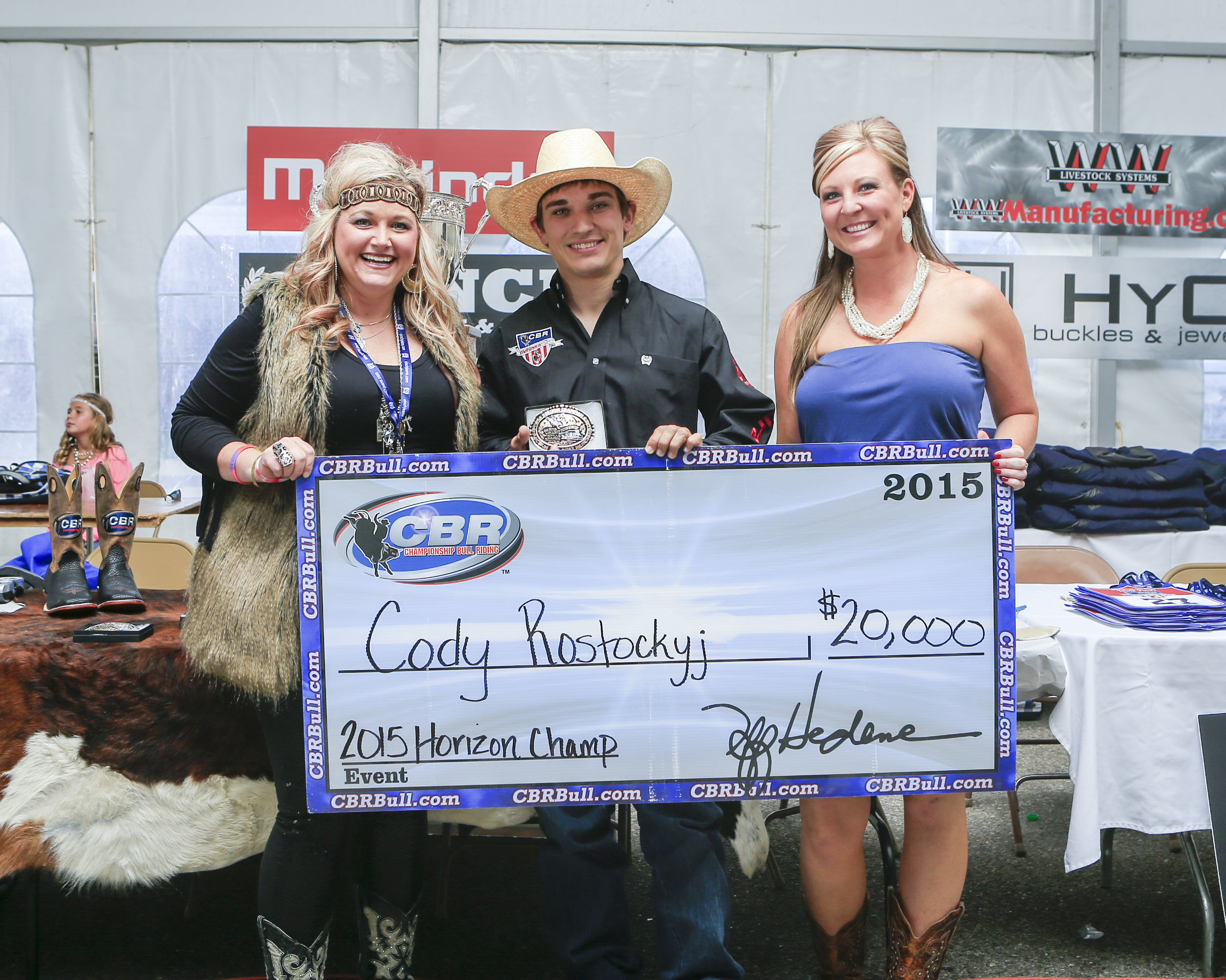 Rostockyj on a Roll began in 2015 with the CBR Horizon Series year-end championship, accepting the check from Cicily Cross Blair and Lindsay Ray.