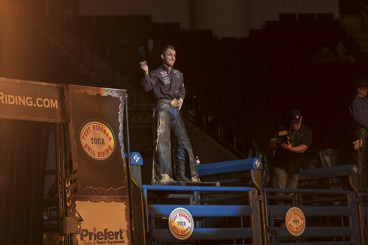 5-time PRCA World Champion Sage S. Kimzey wins the infamous Calgary Stampede for an unprecedented 3rd time and collects the $100,000 paycheck.
