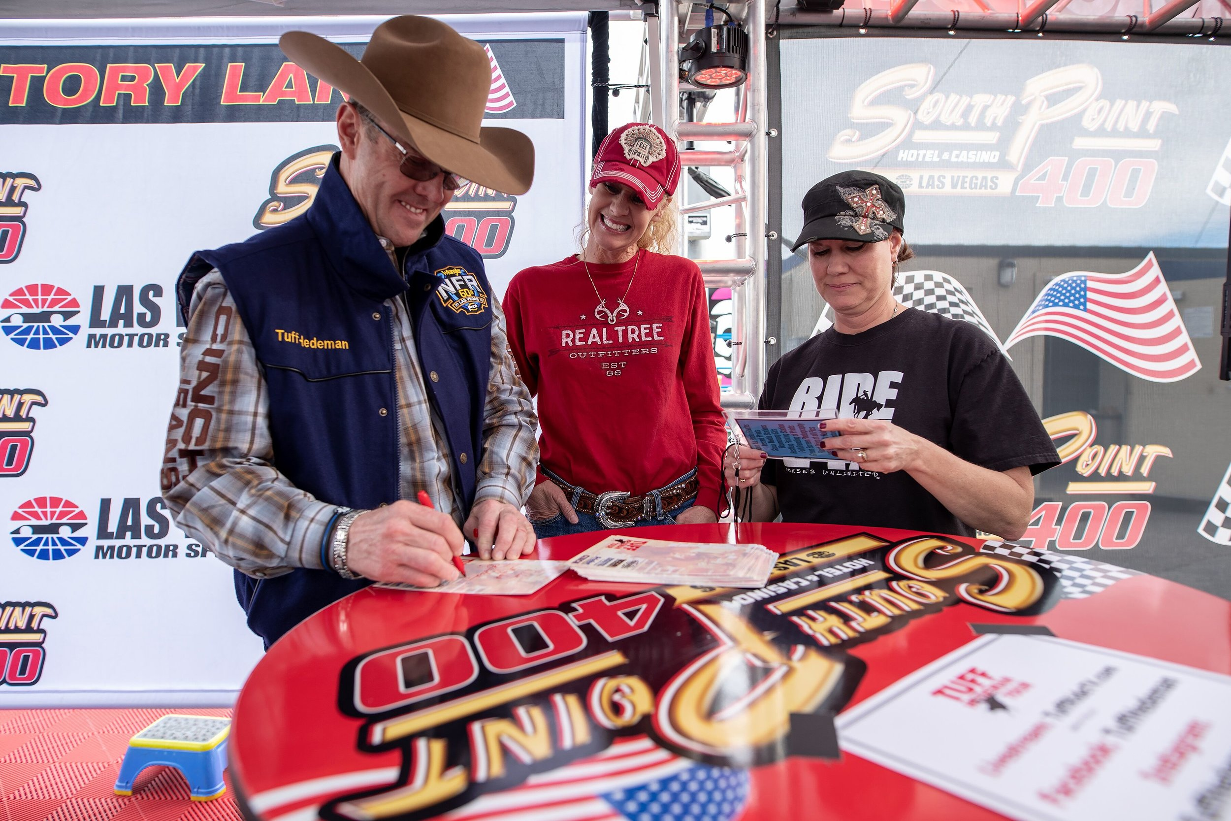 Tuff Hedeman heads to the Tuff Hedeman Breakout Series Midwest Swing. Hedeman will make appearances in Belvidere and Big Rock, IL.