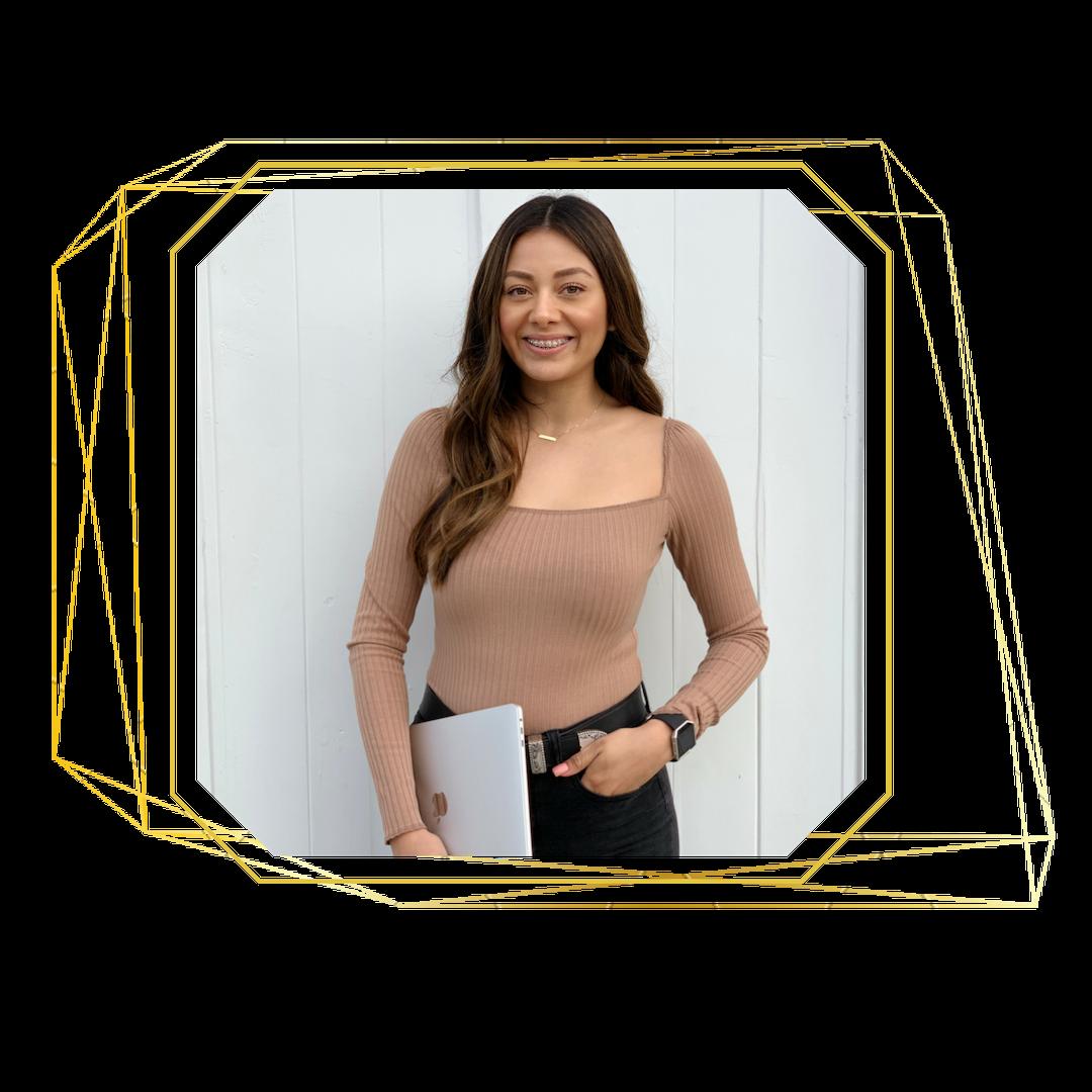 Launch with Erika helping Boss Women Entrepreneurs gain a magnetizing online presence through soul aligned web design + branding.