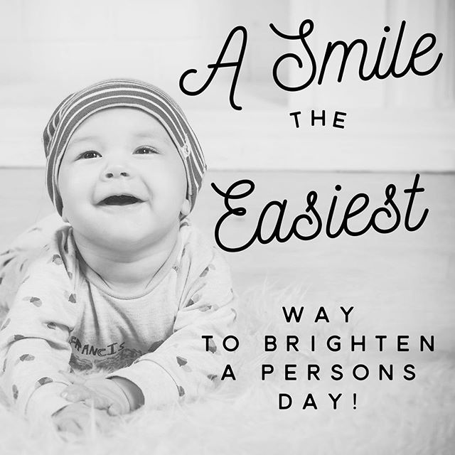 Like a d share if you agree. - Make a smile rise on someone's face just like this has to you. - #smile #smiling #laughter #joy #happiness #magic #aww #love #life #infectious_smile #share #sharethelove #tuesdaythoughts #vibes #epiphany