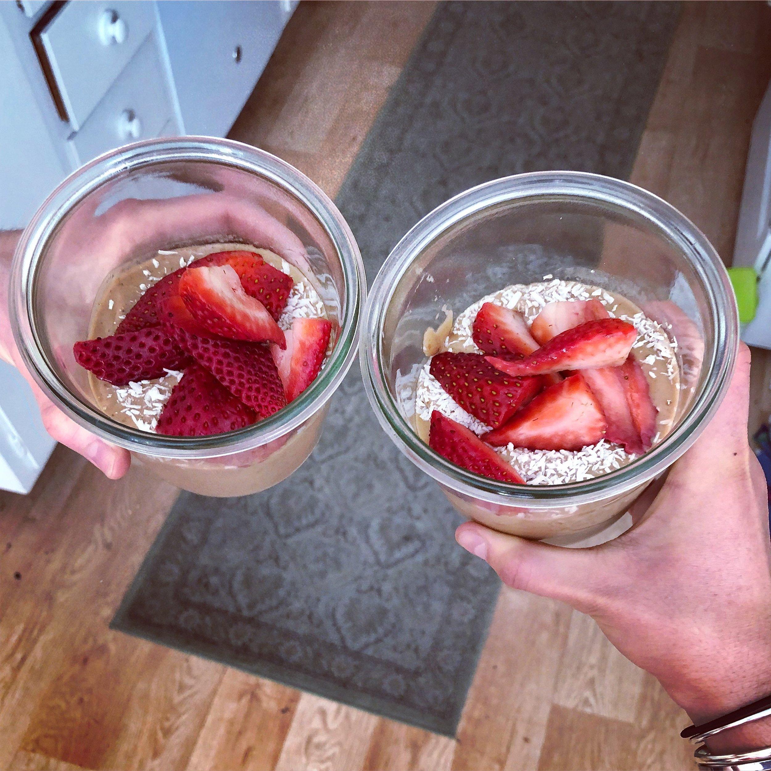 Healthy Choc Smoothie Bowl