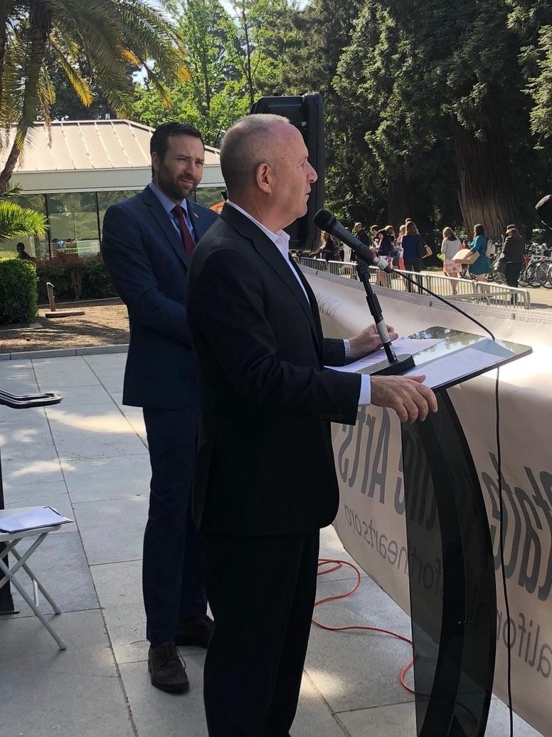Mayor Steinberg with Sen. Ben Allen (D-26)