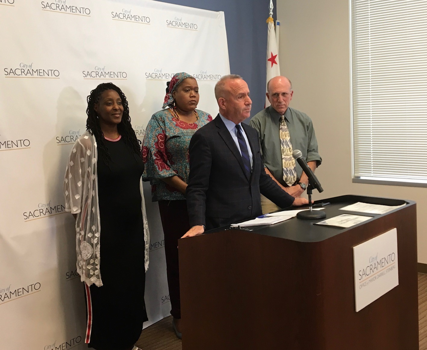 Yolanda Stevenson and RoLanda Wilkins joined Mayor Steinberg and Councilmember Schenirer to talk about the city's shelter plans.