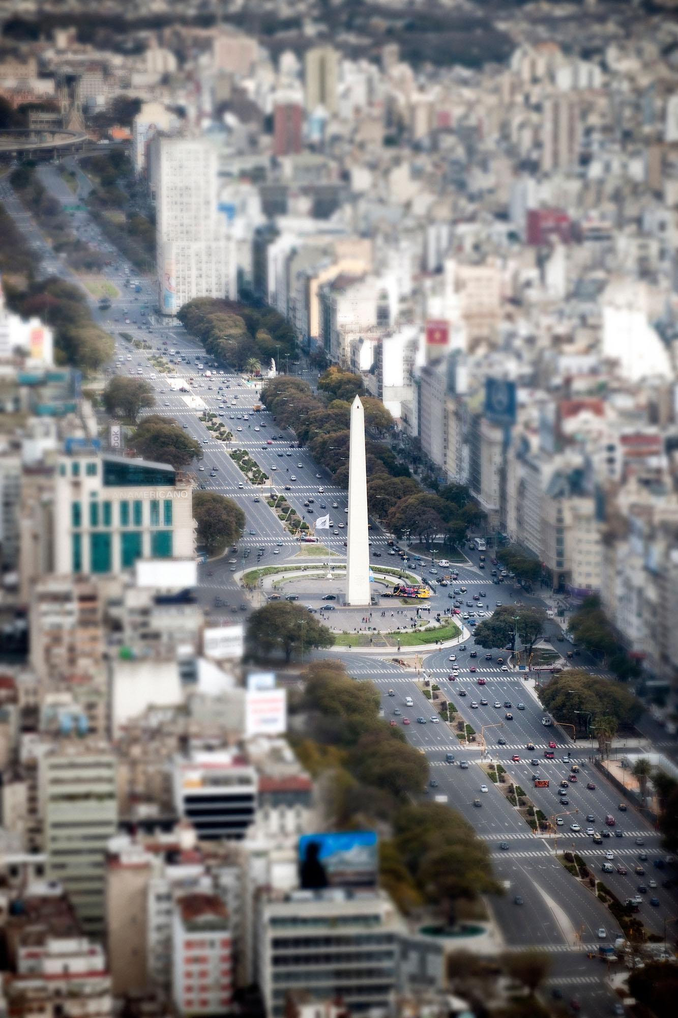 9 de Julio avenue and Obelisco - Buenos Aires