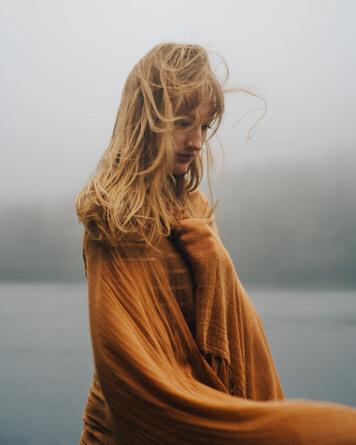 Windy portrait of Kelsey Johnson by photographer Jaclyn Le