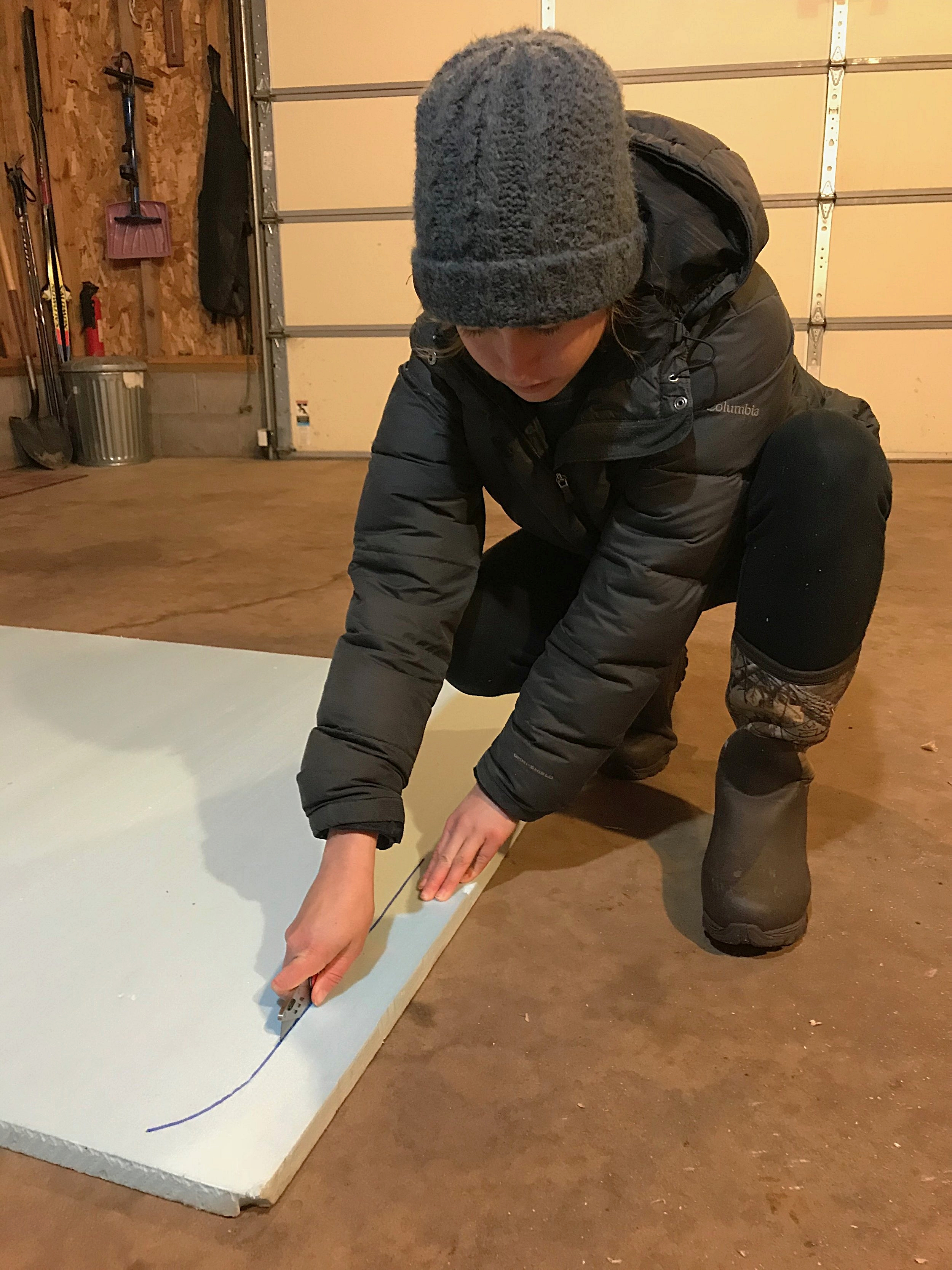 Using a utility knife and then snapping the foam is the best way to cut the XPS insulation.