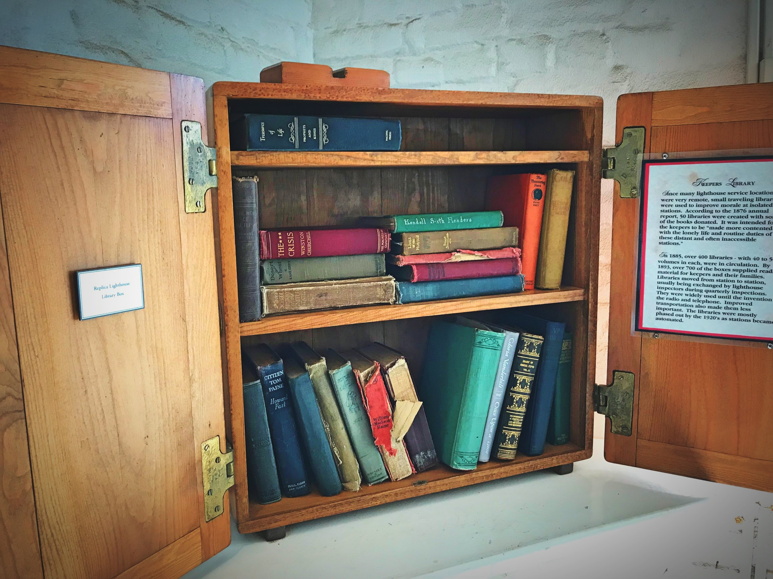 These keepers' libraries would be exchanged every few months between lighthouse keepers on the Oregon Coast.