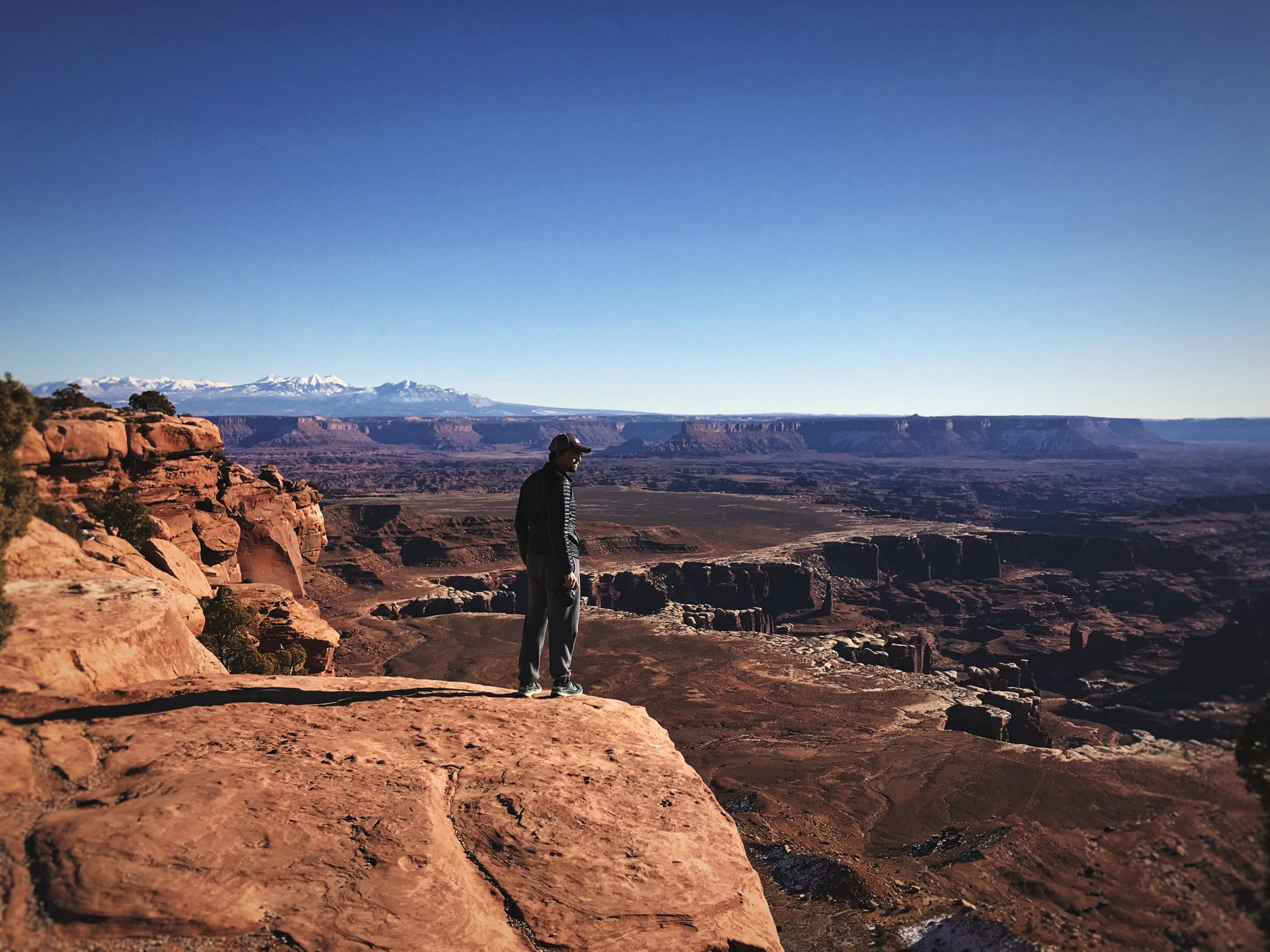 Ian looks out over the landscape of Canyonlands National Park.