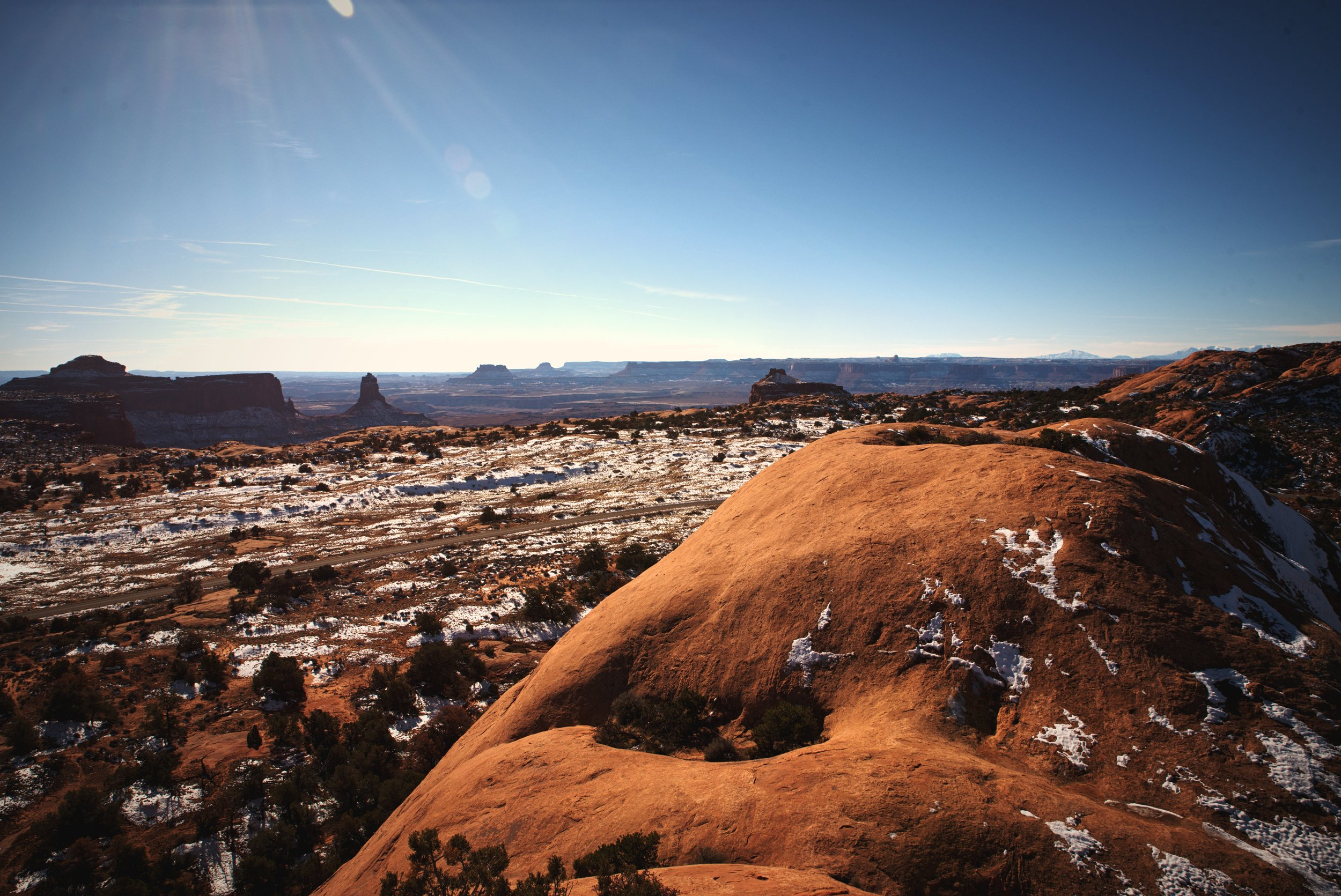 From the top of Whale Rock you get marvelous views of the rest of Canyonlands.