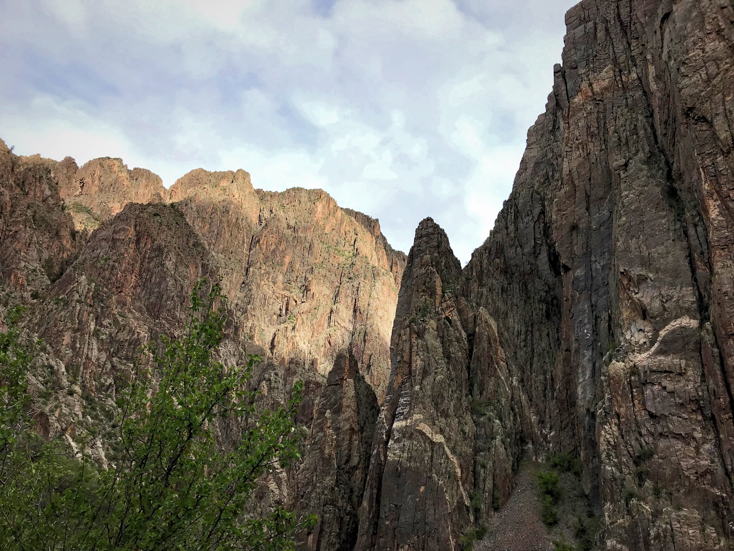 Since the Black Canyon of the Gunnison National Park doesn't have many developed hiking trails, taking on one of the inner canyon routes is a good way to experience more of the canyon.