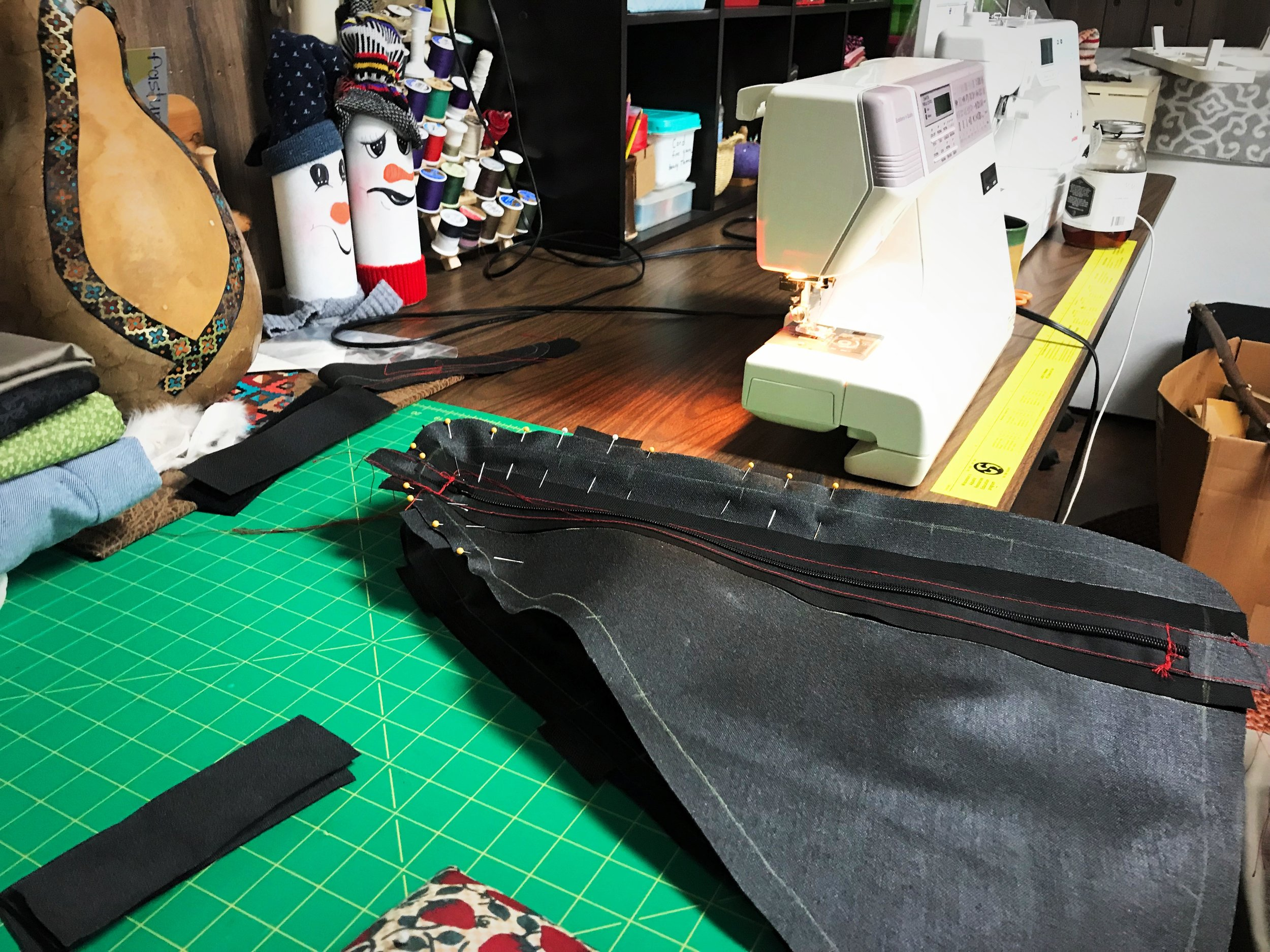 Sew along the line that you traced, leaving the buffer along the edge so that the bag will be the right shape for your bike.