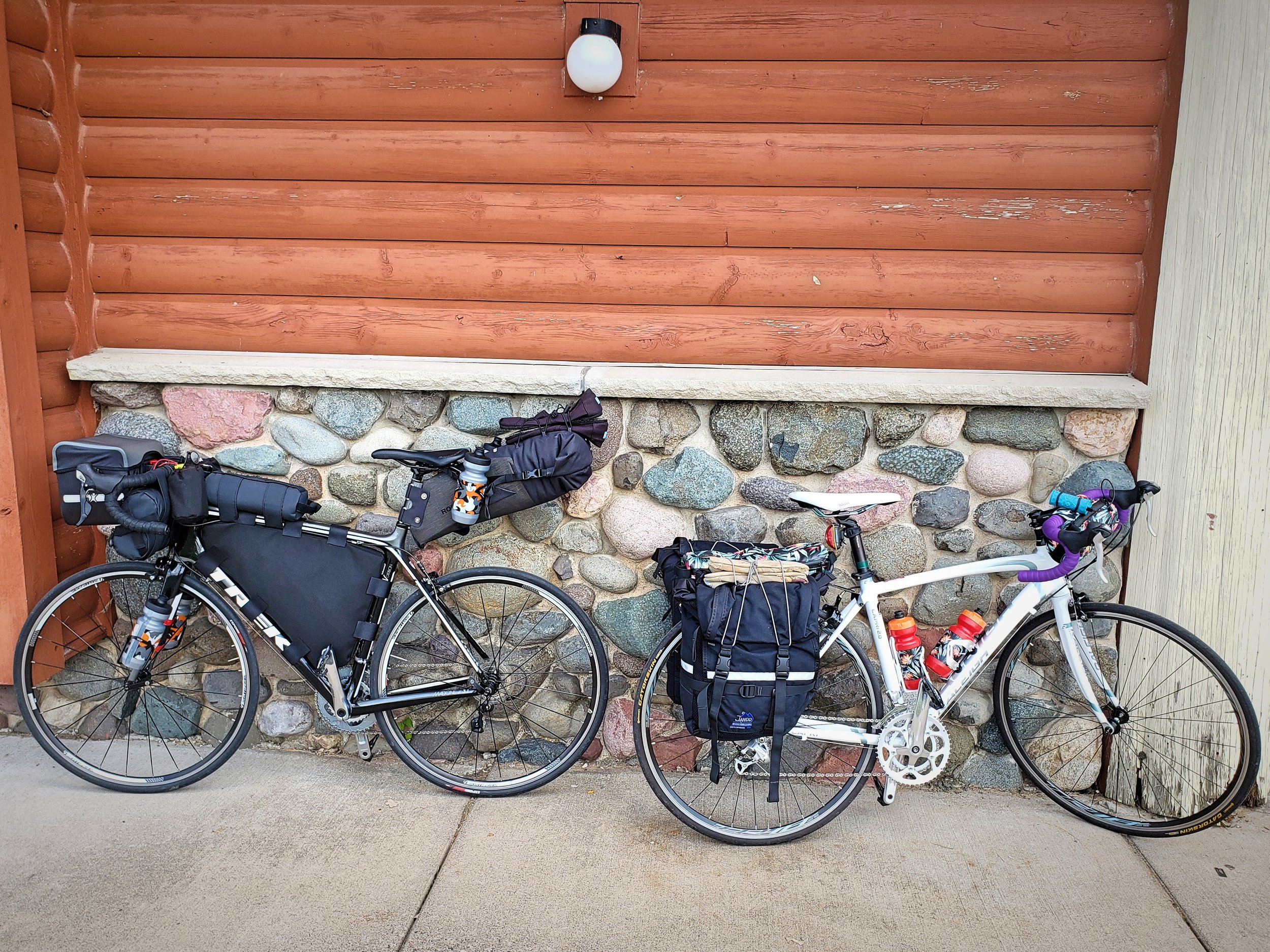 Ian uses his frame pack in combination with 7 other bag…yes, 7 other bags. His bike looks insane compared to mine.