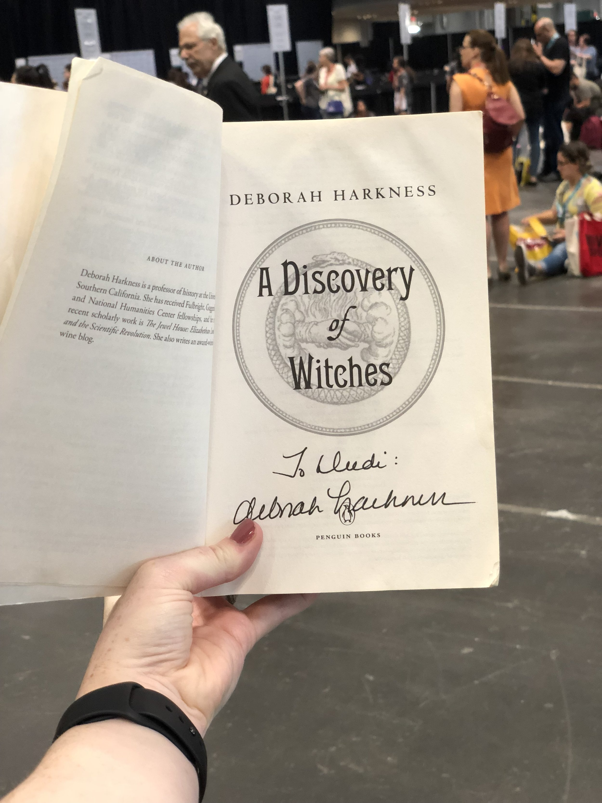 bookcon-2018-a-discovery-of-witches-signed.jpg