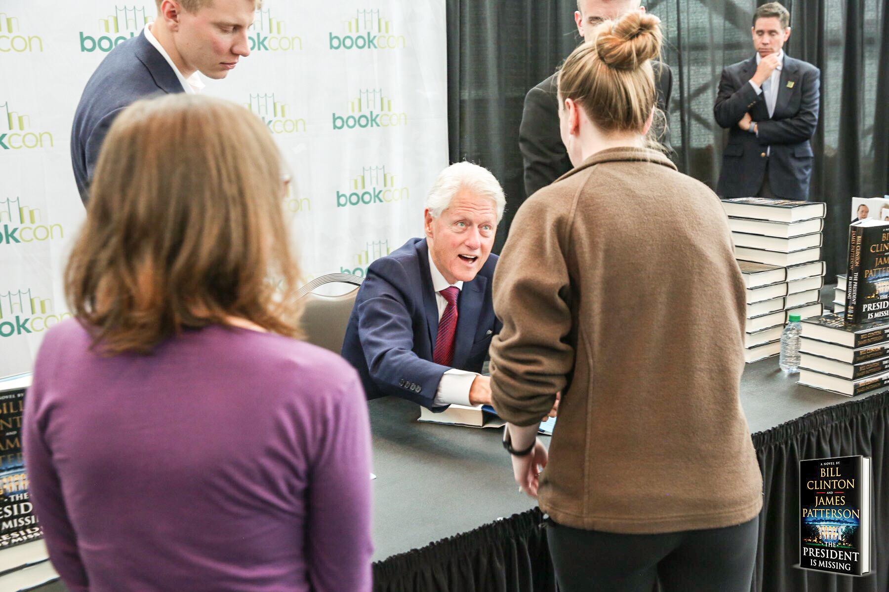 bookcon-2018-bill-clinton-handshake.jpg