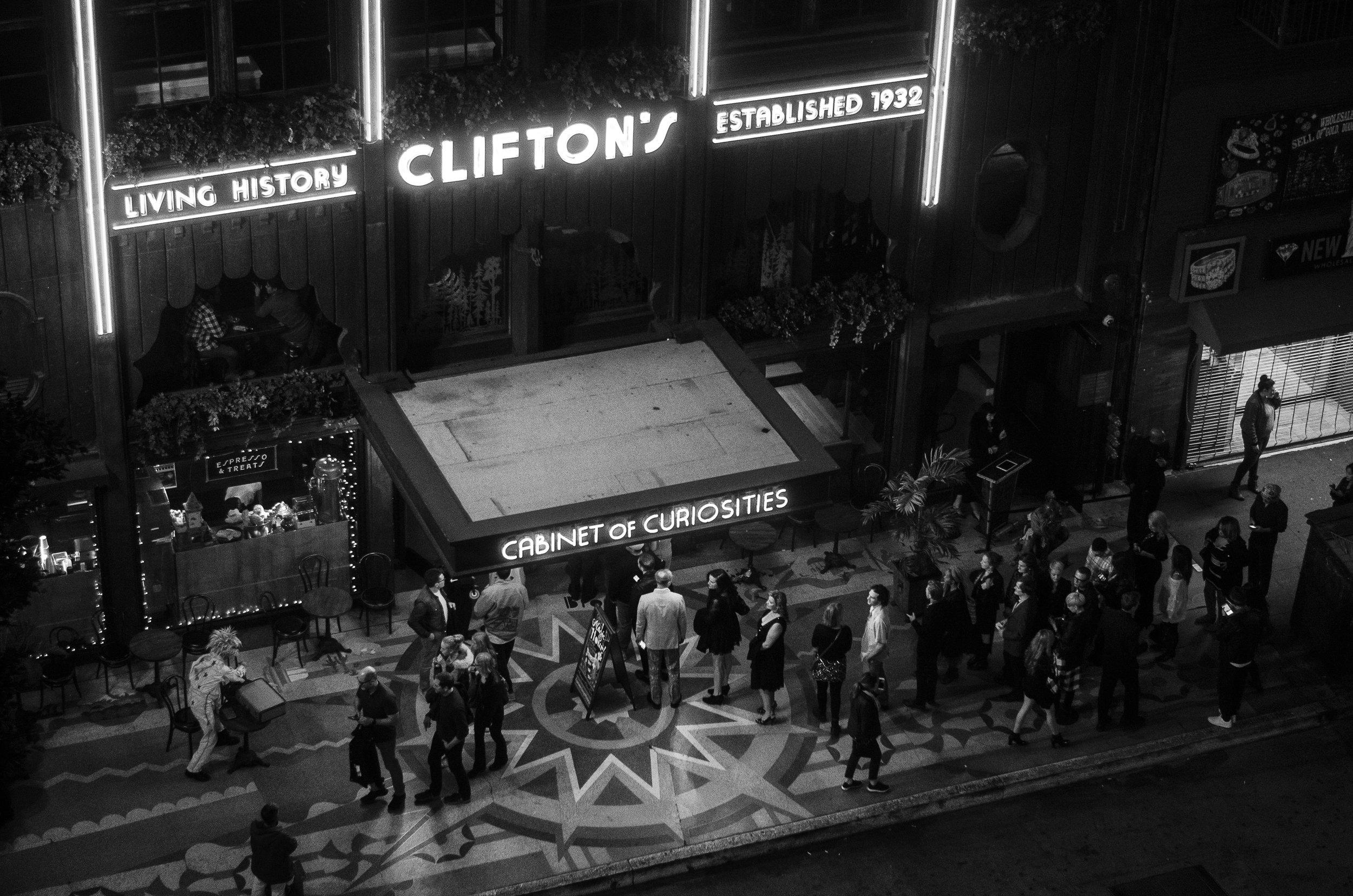 Cliftons_03.jpg