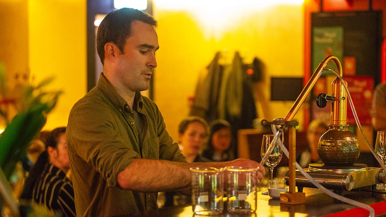 CHRIS REIDREID & REID GIN - Topic: Gin, Then & Now Time: 8pmTheatrette: SHAKEN