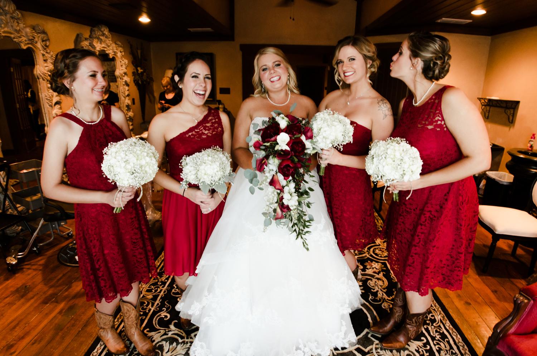 classic-oaks-ranch-mansfield-wedding-kaitlin-chris-9.jpg