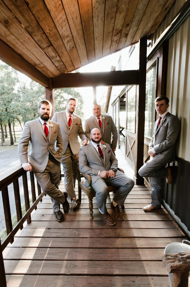 classic-oaks-ranch-mansfield-wedding-kaitlin-chris-11.jpg