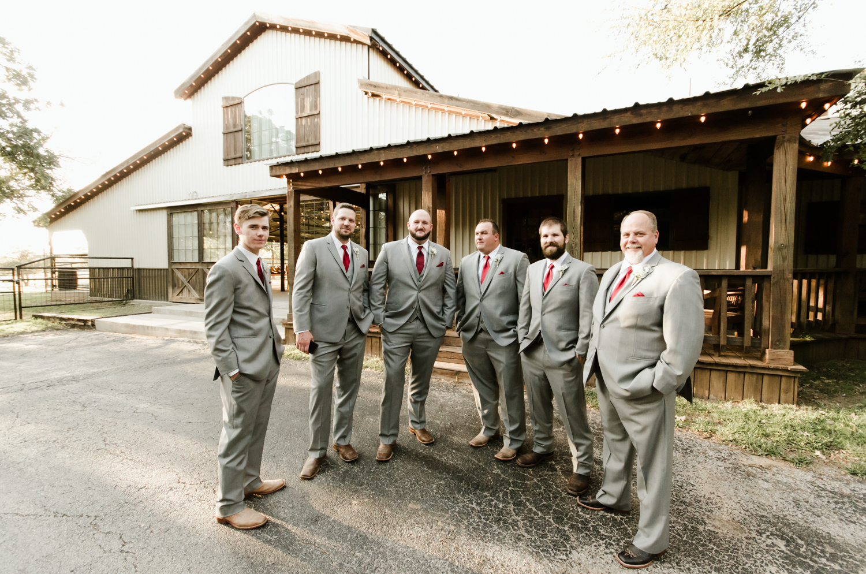 classic-oaks-ranch-mansfield-wedding-kaitlin-chris-13.jpg