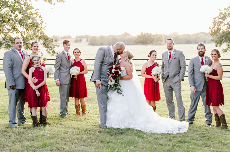 classic-oaks-ranch-mansfield-wedding-kaitlin-chris-23.jpg