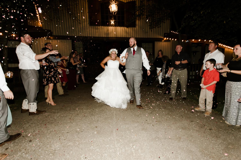 classic-oaks-ranch-mansfield-wedding-kaitlin-chris-34.jpg