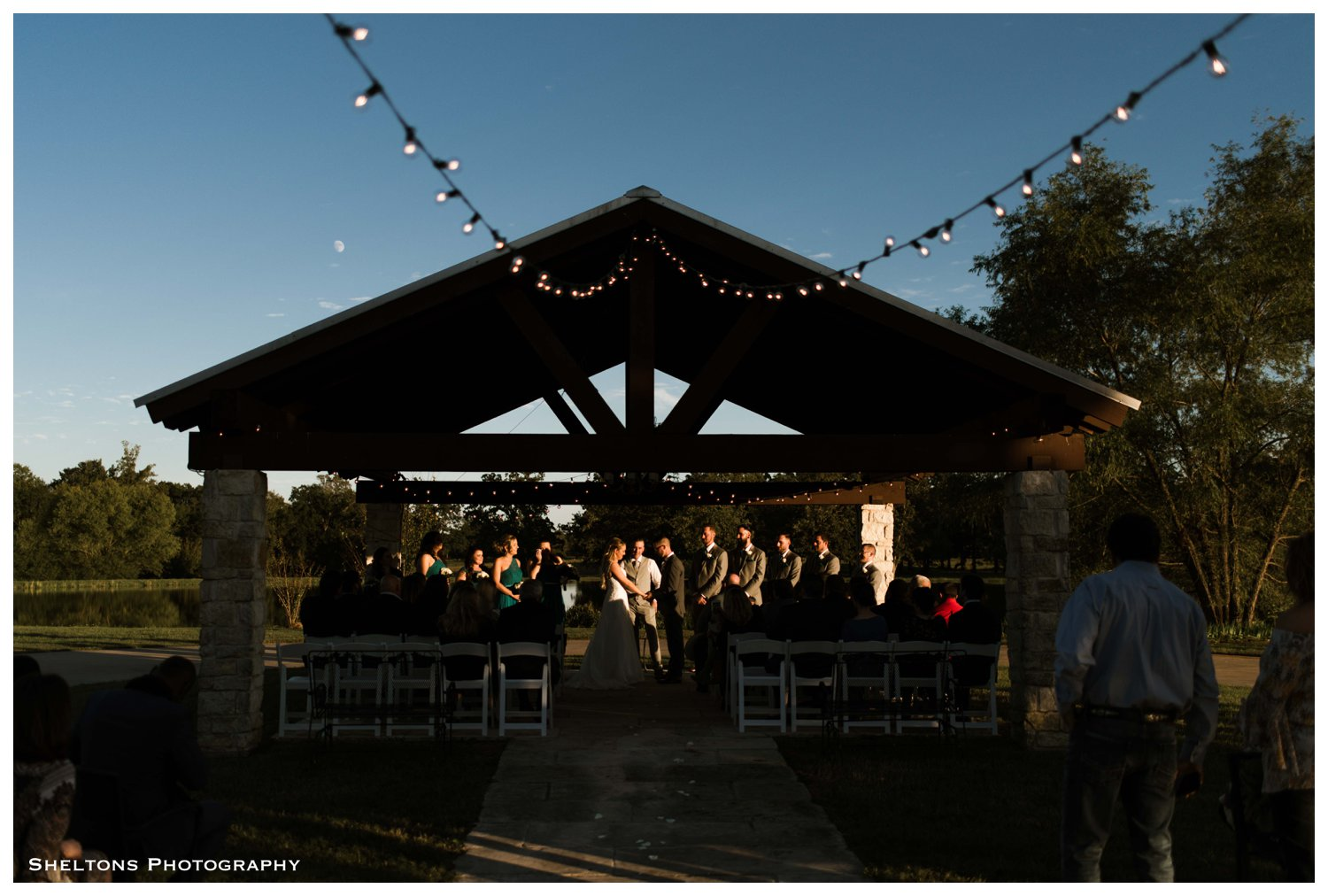 9-selah-inn-talco-wedding-photography.jpg