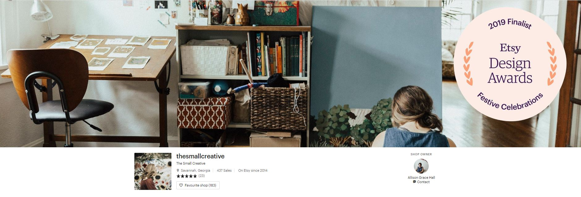 TheSmallCreative  keeps a consistent color palette and welcomes us into a quiet world of crafting. We feel like we're in the seller's story already.