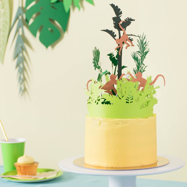 RosiePlusTheBoys creative cake topper