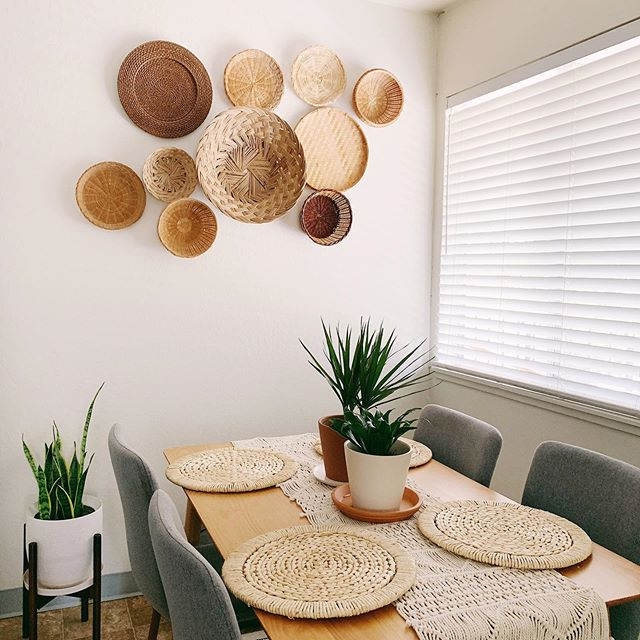 Football is back! You'll find me spending my weekend watching my Bears take on Washington! I've also been thrifting and found these gorgeous woven place mats for only $2 each at the local goodwill. No wear at all and they go beautifully with my thrifted basket wall! Added some more basket beauties to the mix. Loving all this woven texture to welcome fall! 🍂🍁 . Shop this look ➡️ http://liketk.it/2EKhC #liketkit @liketoknow.it . . . #ltkhome  #simplystyleyourspace #mycuratedaesthetic #howwedwell #mydomaine #apartmenttherapy  #diningroom  #sodomino  #homedecor #simplehomestyle #mybohoabode  #hyggehome #homedecorblogger #simpledecor #bohodecor  #myhyggehome #currenthomeview  #interiordesign #amazonhome #modernfarmhouse  #inspireushomedecor #basketwall