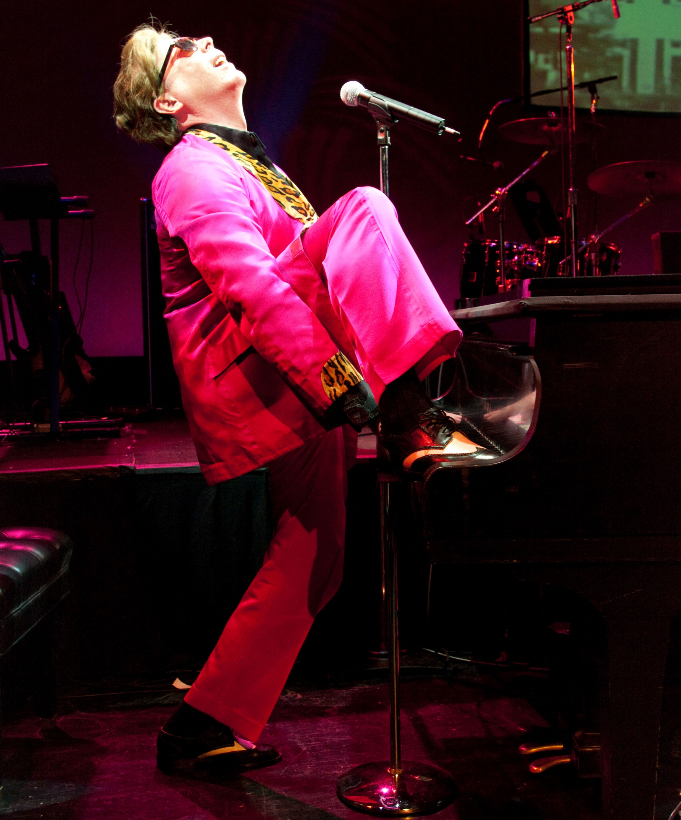 Tim Mahoney as Jerry Lee Lewis