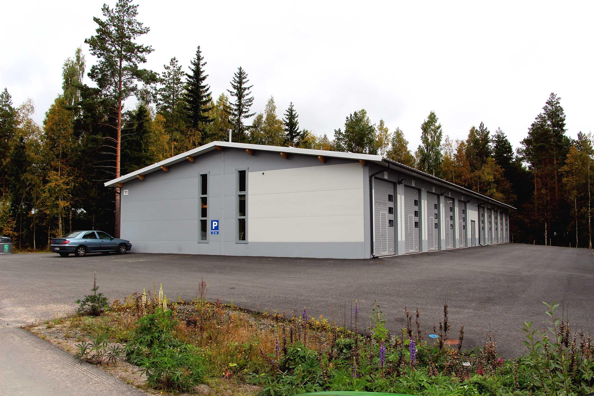 Yritystie 11, Jyväskylä
