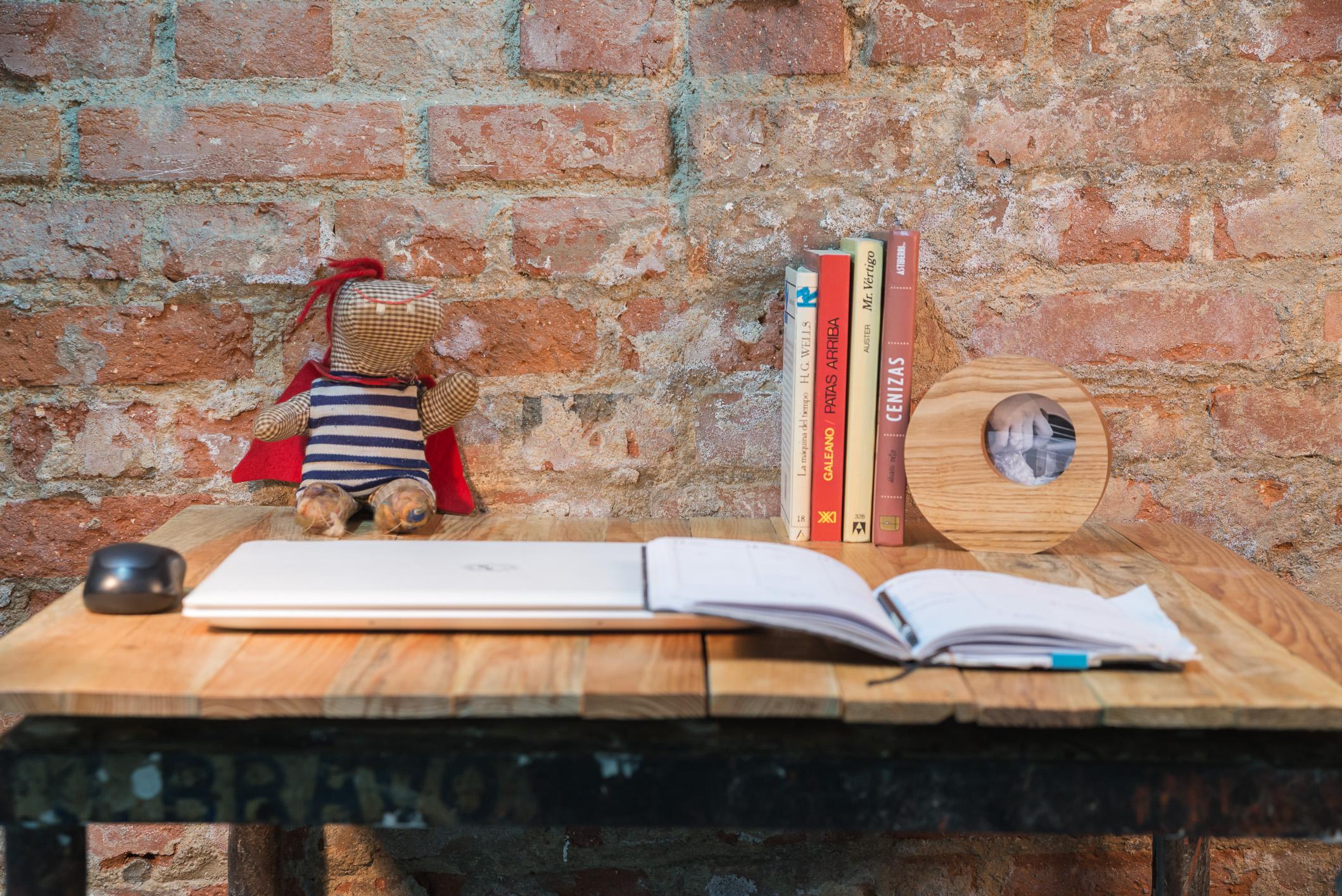 Un detalle para el escritorio - Escríbenos y dimos cuál te gusta, te lo enviamos a casaSi lo quieres personalizado, ponte en contacto!