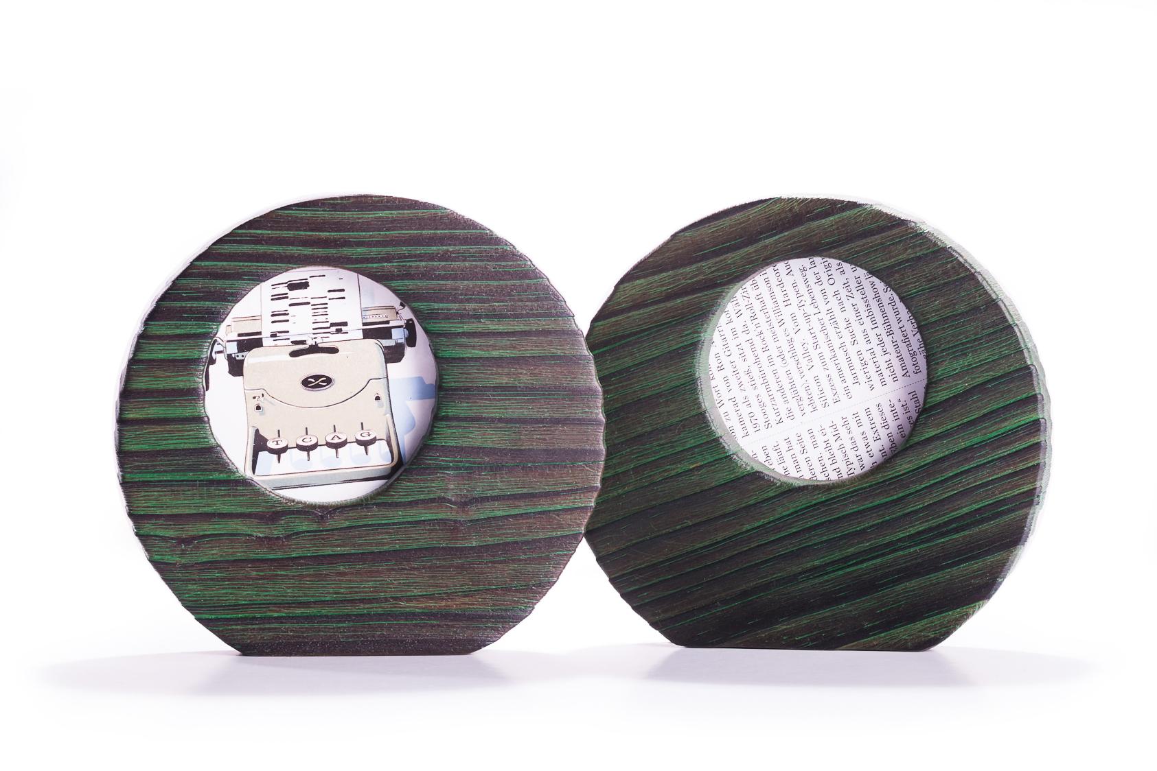 Pareja de portaretratos de pino decapado en verde