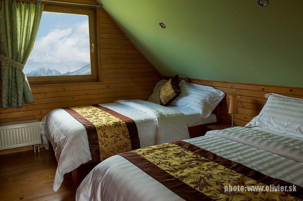 belianske-tatry-chaty-winter-and-summer-09.jpg