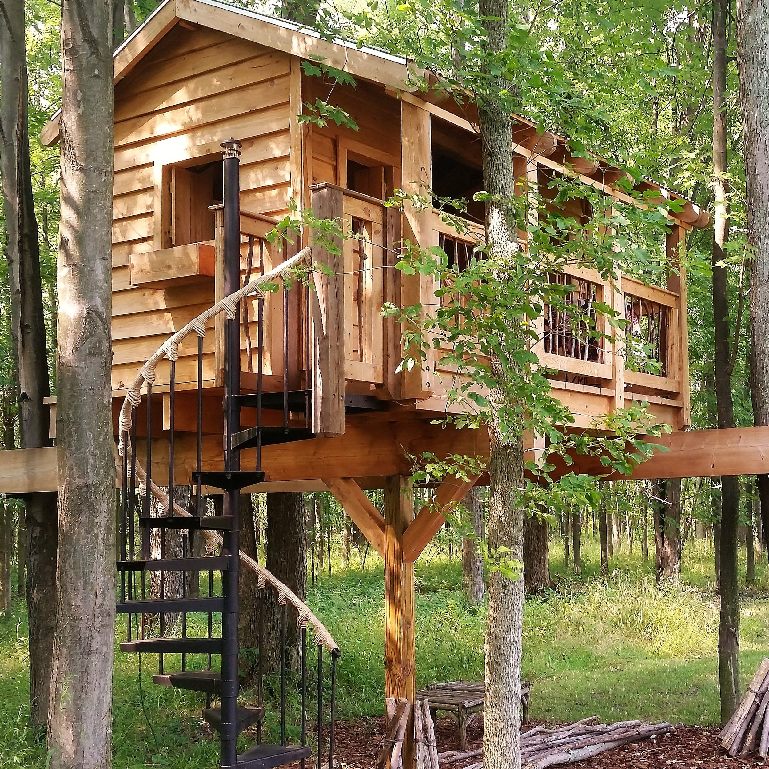 Residential Treehouse