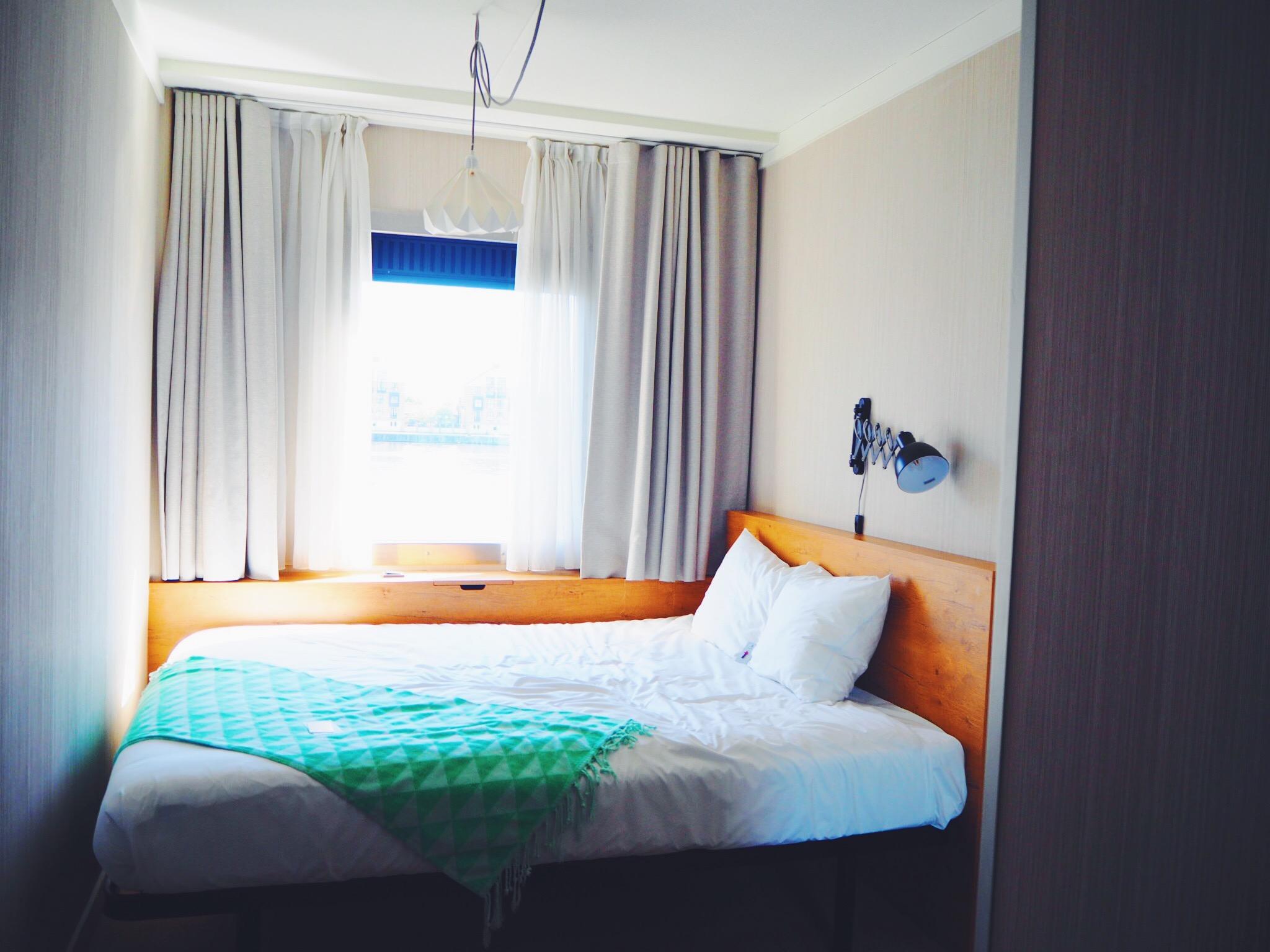 Good Hotel Bedroom.JPG