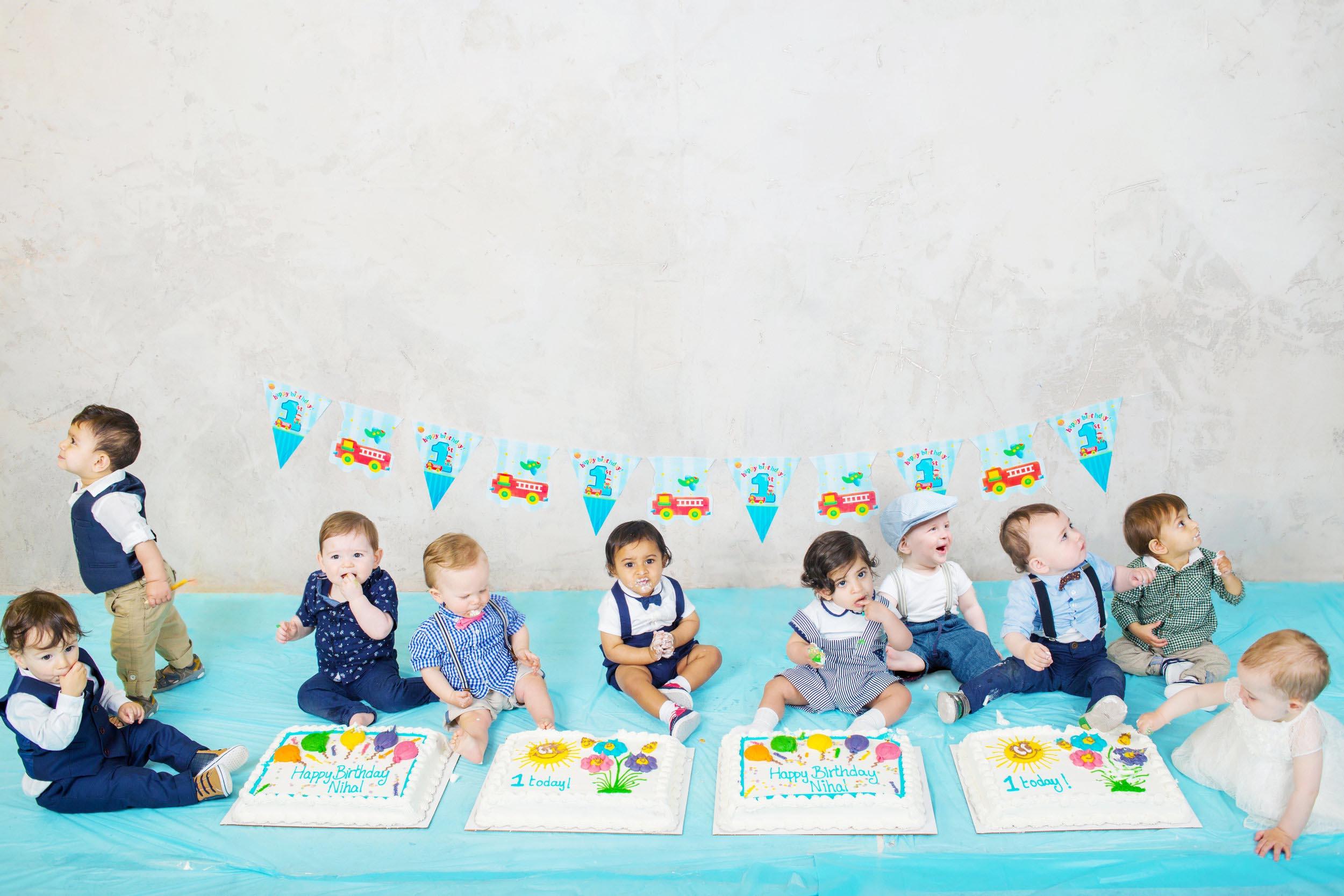Cake Smash 1st birthday photoshoot Reading 2.jpg